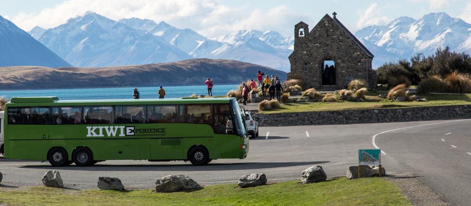 backpacker-bus
